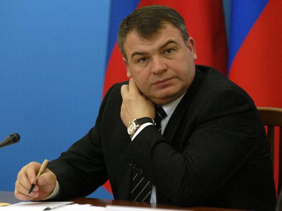 Амнистия Сердюкова может оказаться временной, и героизм ни при чем