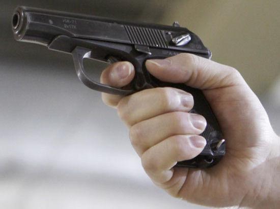 В Петербурге полиция обстреляла школьников в украденном автомобиле