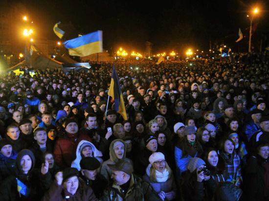 Вопрос экспертам: видна ли за разгоном Евромайдана рука Москвы?
