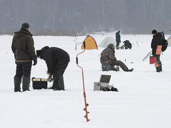 Жительница Ивантеевки приняла участие в массовой рыбалке