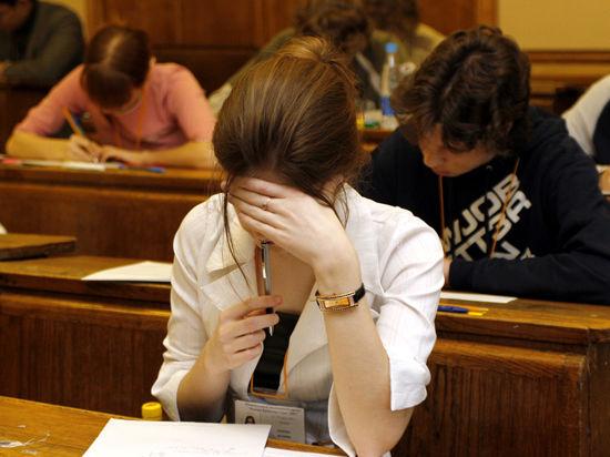 В Крыму сохранят стипендии в 2,8 тыс.руб.