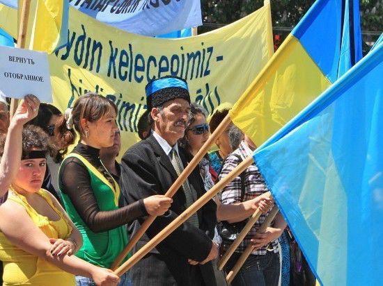 Крымские татары Петербурга замерли в ожидании