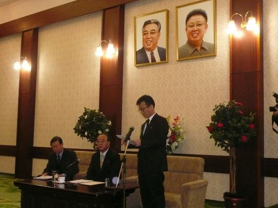 Посол КНДР в Москве рассказал о мирных предложениях Пхеньяна Сеулу