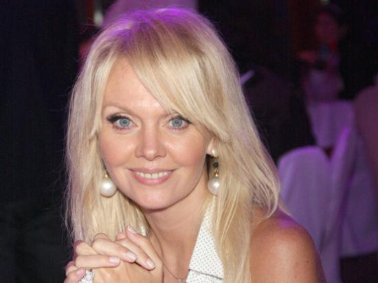 Валерия намерена подать в суд на Волочкову за обвинение в «проституции»