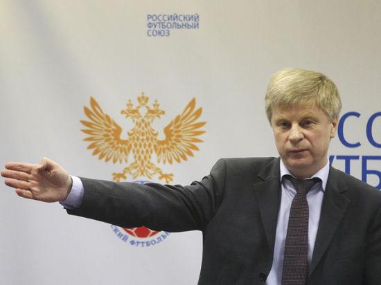Николай Толстых: Мы проводим необходимые консультации, чтобы решения по крымским клубам были выверенными и законными
