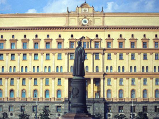 Почти половина россиян хочет вернуть Железного Феликса на Лубянку