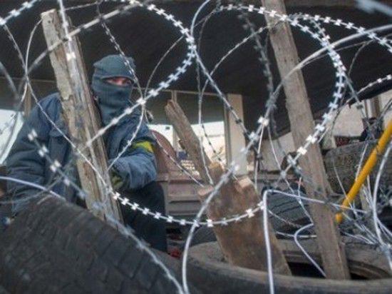 Шахтеры поднялись из своих шахт, чтобы защитить обладминистрацию Донецка