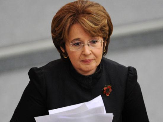 Оксана Дмитриева о «телодвижениях» ЦБ: «Помните картину Маковского «Крах банка»?