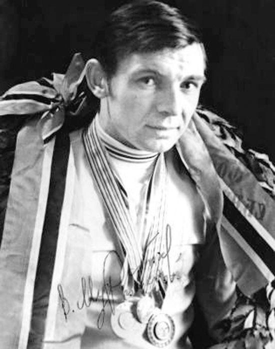 Валерий Муратов: «К олимпийской медали — на сломанном коньке»