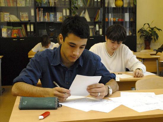 Вопреки рекомендациям Минобрнауки некоторые вузы изменили набор вступительных экзаменов