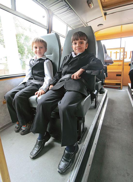 За поездками малышей в автобусах присмотрят спутники и доктора