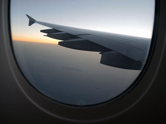 Неизвестные угнали самолет, летевший на Бали? Нет, опять авиадебошир