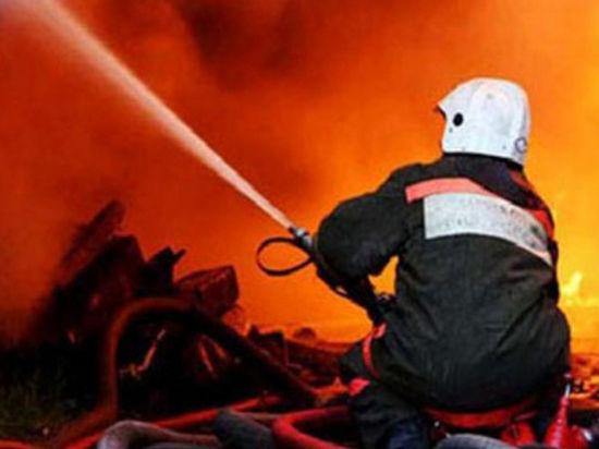 В Санкт-Петербурге всю ночь горел Металлический завод
