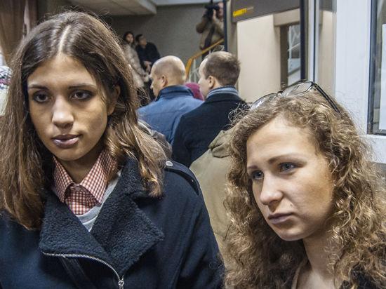 Алехина и Толоконникова снова не явились в суд