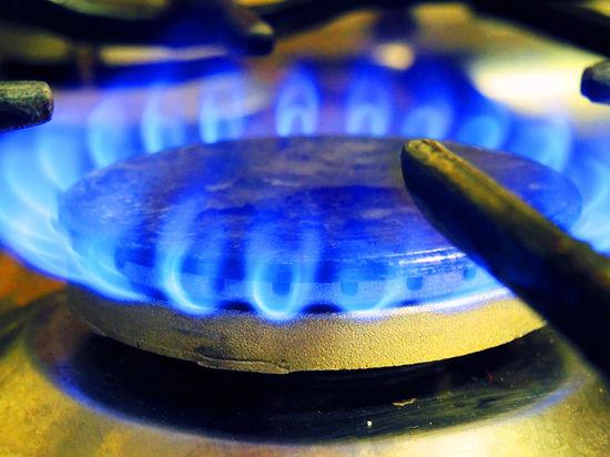"""Киев рассчитывал, что в ПХГ осталось порядка 20 млрд кубометров голубого топлива. Оказалось, в три раза меньше. Яценюк: """"Не я воровал этот газ"""""""