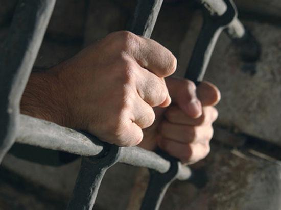 Тюремщики позаботились о безногом убийце