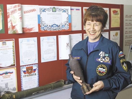 Единственная в России женщина-сапер виртуозно водит «Шишигу» и вяжет ажурные шали