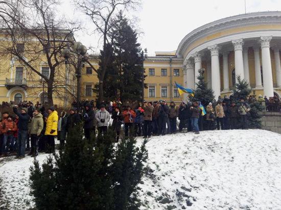 События на Украине отразились на вкусах посетителей столичных библиотек