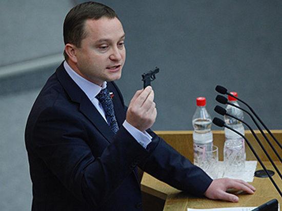 Депутат Роман Худяков: Мне предлагали 2 миллиона долларов за мировую
