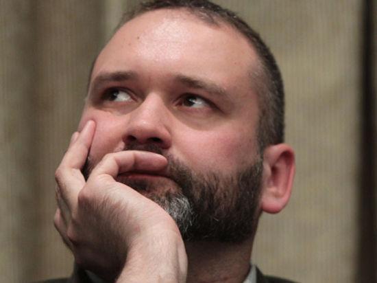 «Пучок радужных фаллоимитаторов». Гей-активист подал в суд на Охлобыстина