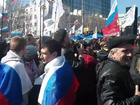 В Донецк из Киева выдвинулась