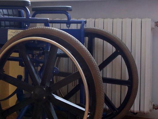 У инвалидов два пути: пьедестал  и паперть