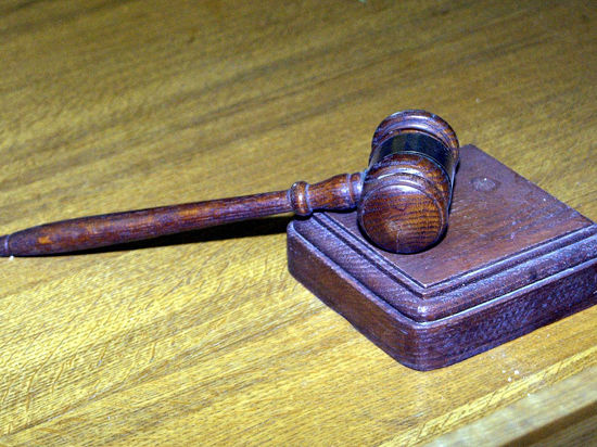Нарколога, обвиненного в смерти пациента, оправдали под овации