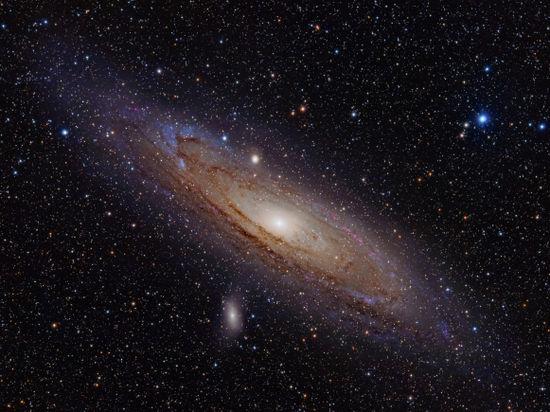 Возле Туманности Андромеды произошла космическая катастрофа