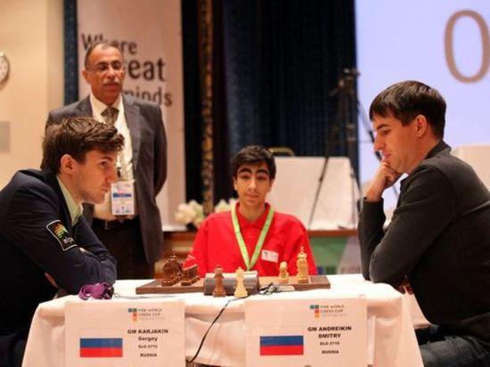 На турнире претендентов экс-чемпион мира Владимир Крамник разгромил Сергея Карякина