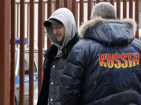К Плющенко приставили специальную группу экспертов