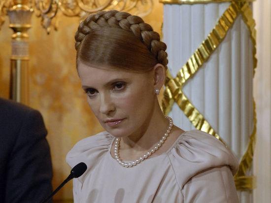После разговора с Тимошенко Яценюк позеленел