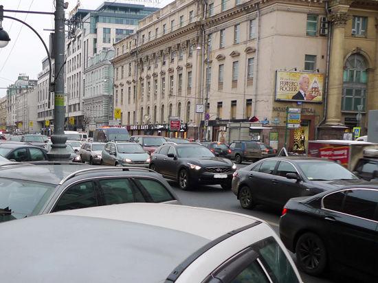 Субботние акции ограничат движение в центре Москвы