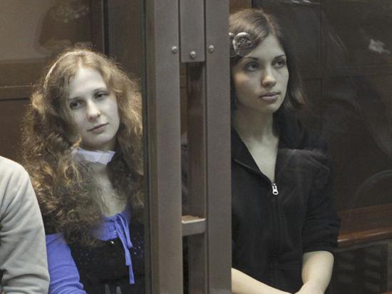 Верховный суд считает, что хулиганство Pussy Riot по мотивам ненависти не доказано