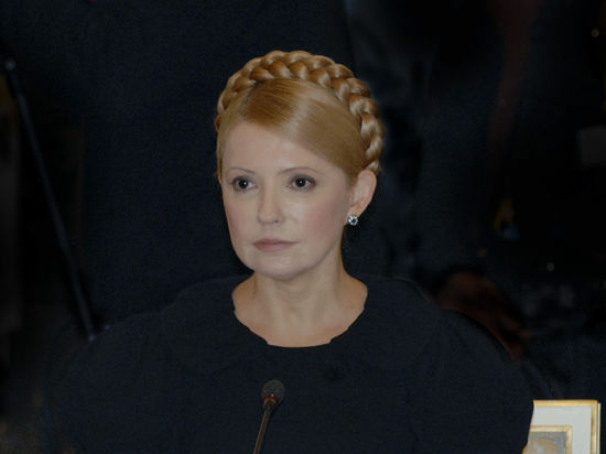 Тимошенко вылетела в Донецк. В городе захвачено здание СБУ