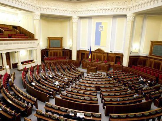 Верховная Рада постановила вывести войска из Киева и других городов