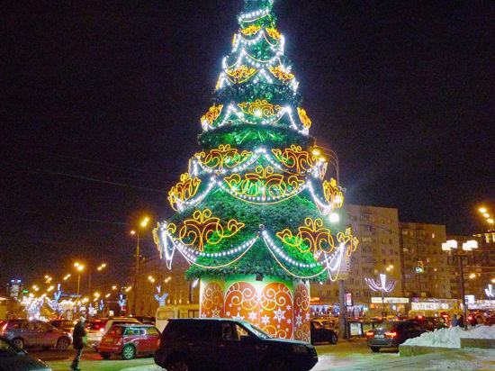 В новогоднюю ночь погода лишь намекнет на снег