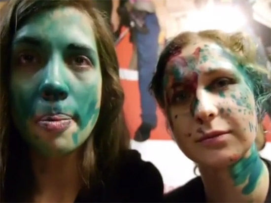 Опубликовано видео нападения на участниц Pussy Riot в Нижнем Новгороде
