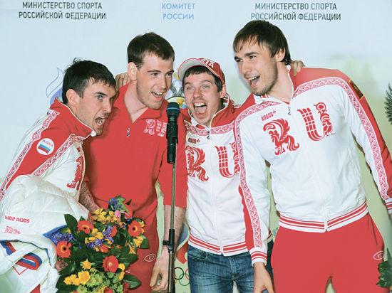 В честь олимпийцев клинчане выстроились в пять колец