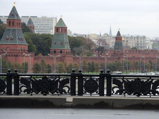 Кремль и iPhone обменялись