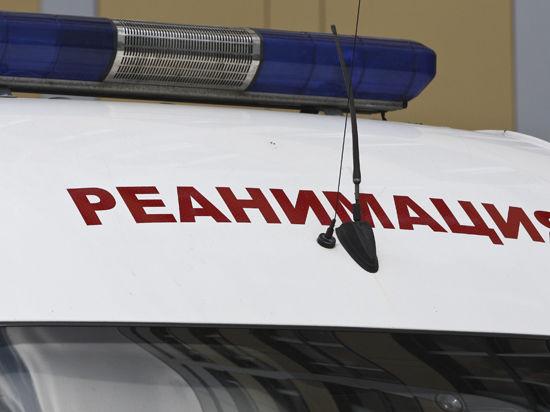 Девушка, упавшая в шахту лифта в центре Москвы, находится в тяжелом состоянии