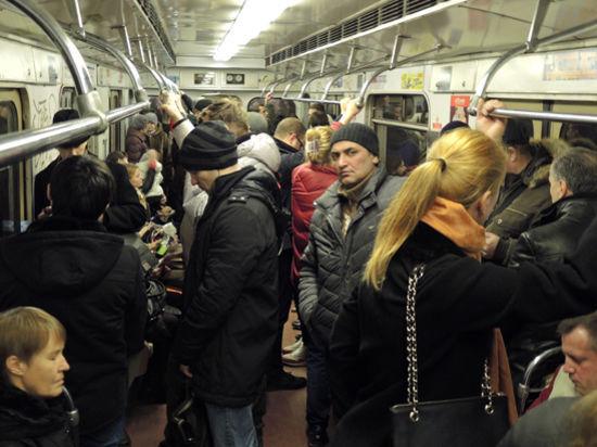 С 25декабря на Кольцевой линии метро заработает Wi-Fi