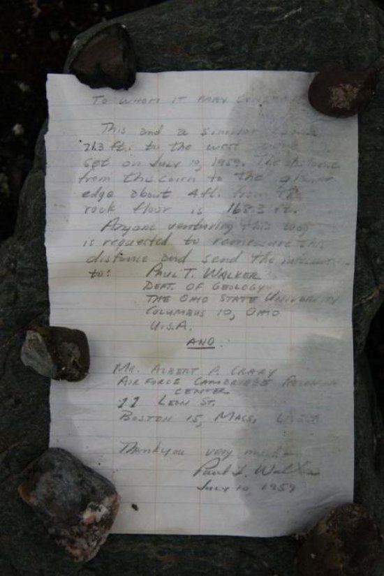 В Арктике найдено письмо в бутылке, оставленное умершим в молодости ученым