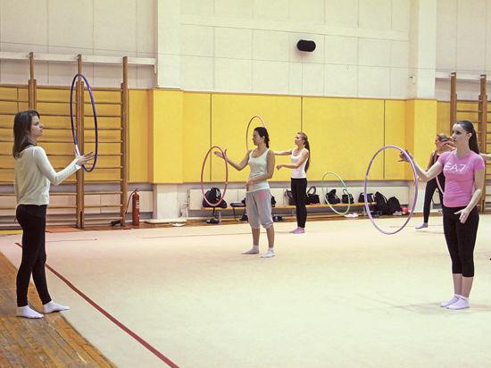 Худенькие гимнастки в фотосессии, как жестко трахают аллу
