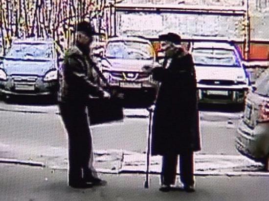 89-летний ветеран попытался дать отпор грабителям