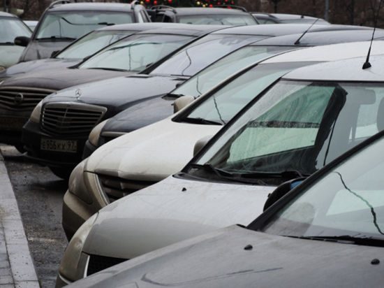 Мосгоризбирком дал добро на референдум по платным парковкам