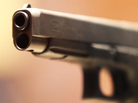 Стрелки из метро хранили дома оружие и «травку»
