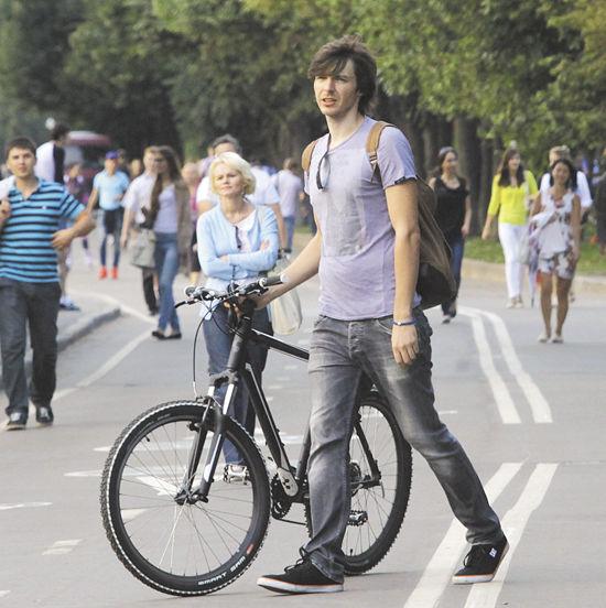 В этом убедился корреспондент «МК», проехавший по Москве на двух колесах
