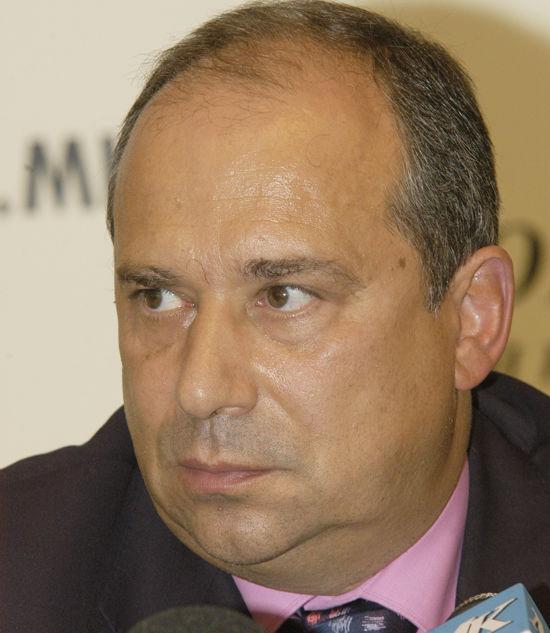 Академик Александр Некипелов: «Правительству пора прекратить складывать деньги в кубышку»