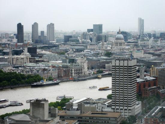 В Великобритании плата за парковку в городских центрах становится неподъемной для автомобилистов