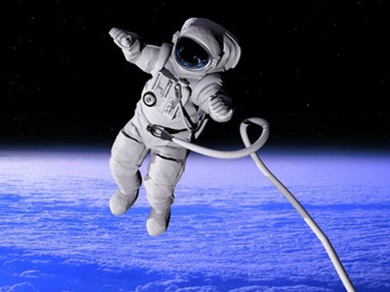 Российские космонавты вышли в открытый космос. В Интернете ведется прямая трансляция